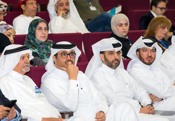 جانب من الحضور في أعمال المنتدى