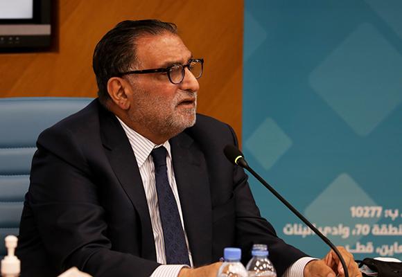 عزمي بشارة محاضرا في افتتاح المؤتمر الثامن للعلوم الاجتماعية والإنسانية