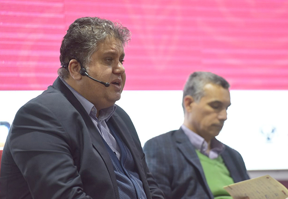 حيدر سعيد الباحث في المركز العربي (من المساهمين في الكتاب)