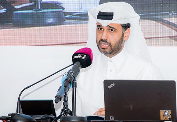 """المحاضرة الافتتاحية لعبد العزيز بن ناصر آل خليفة بعنوان """"دور بنك قطر للتنمية في تحقيق أهداف سياسات التنمية الوطنية في قطر"""""""